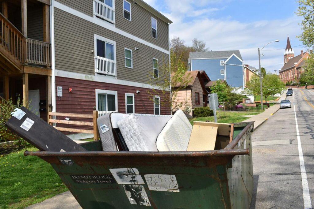 Home Moving Dumpster Services-Colorado's Premier Dumpster Rental Services